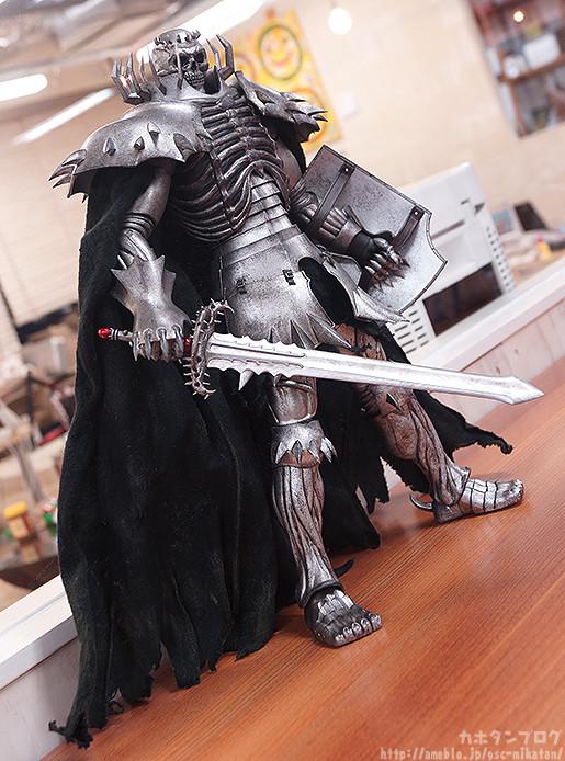 skull-knight-threezero-photogallery-01