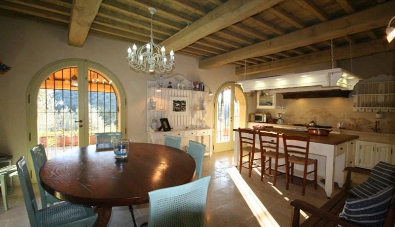 13_cucina soggiorno a