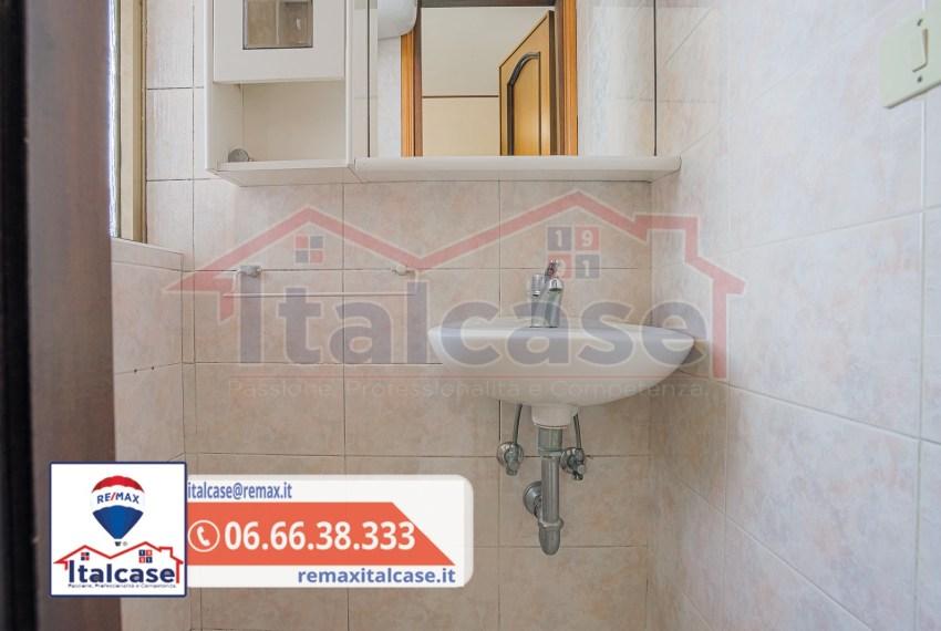 20210416 via fausta labia 9-09-logo