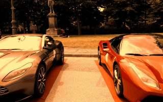 Torno - le auto esposte fra i viali del Valentino