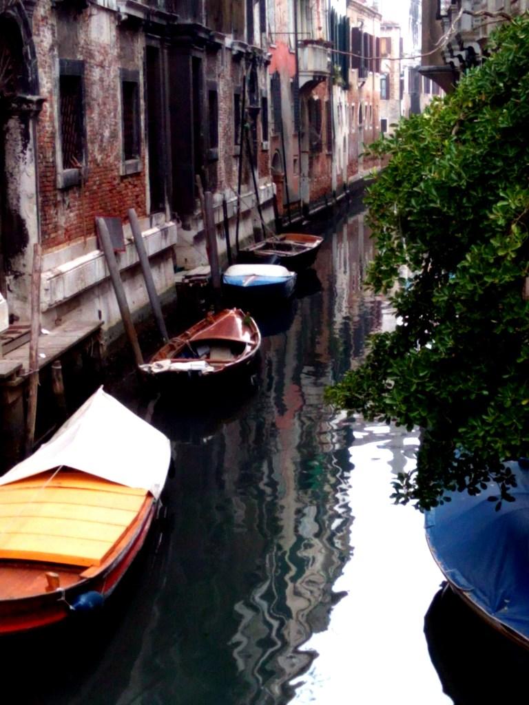 una strada di Venezia
