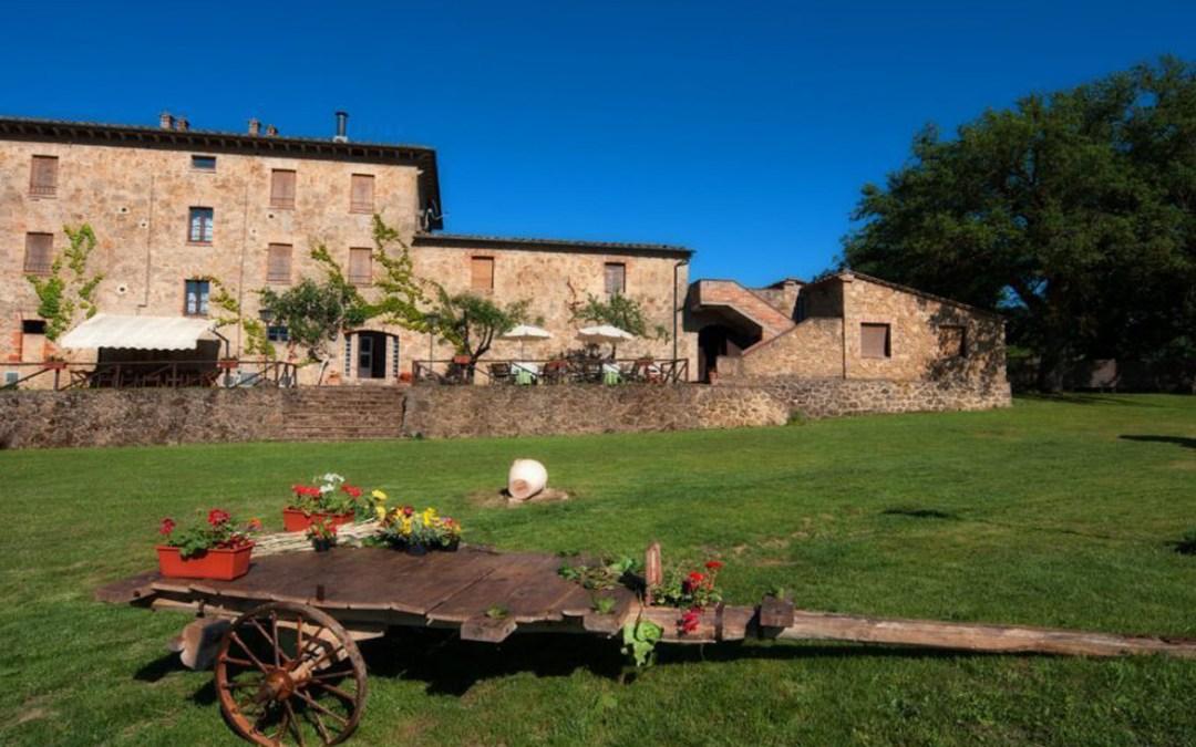 Offerte di Capodanno in Villa a Chiusdino per 16 persone in Toscana