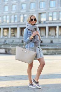 Giacca di jeans con sciarpa