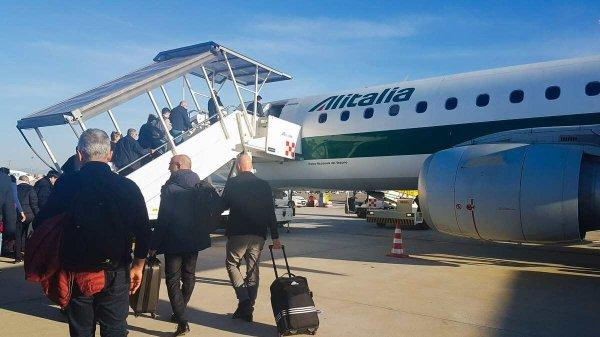 Embarque de passageiros Alitalia