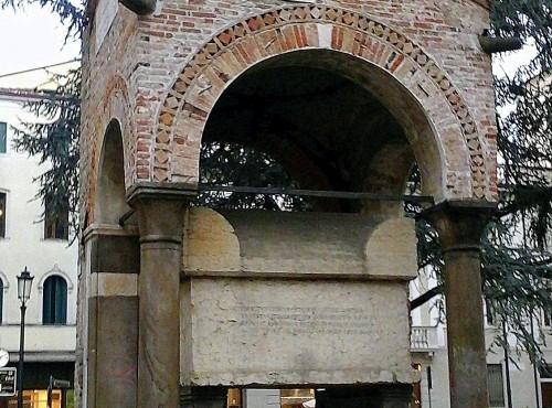Tomba di Antenore a Padova