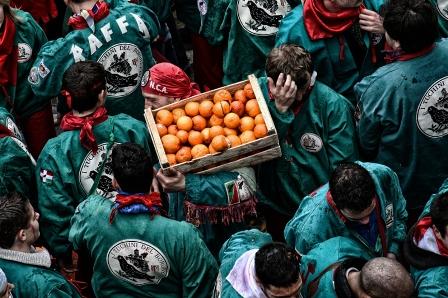 Una delle squadre degli aranceri a piedi.