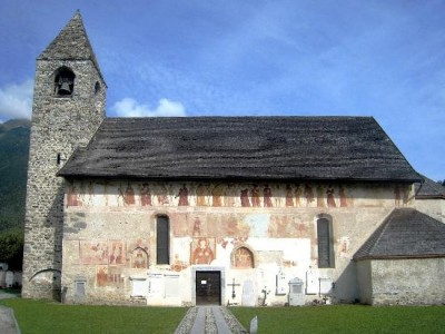 Chiesa di San Vigilio, Pinzolo. Foto da qui.