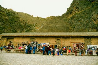 People in Souvenir shops, Aguas Calientes, Peru