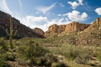 View along the Apache Trail