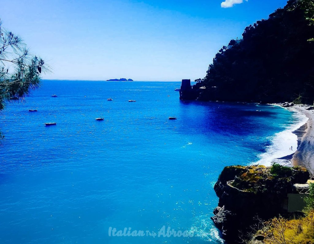 From Napoli to Positano easy on a budget