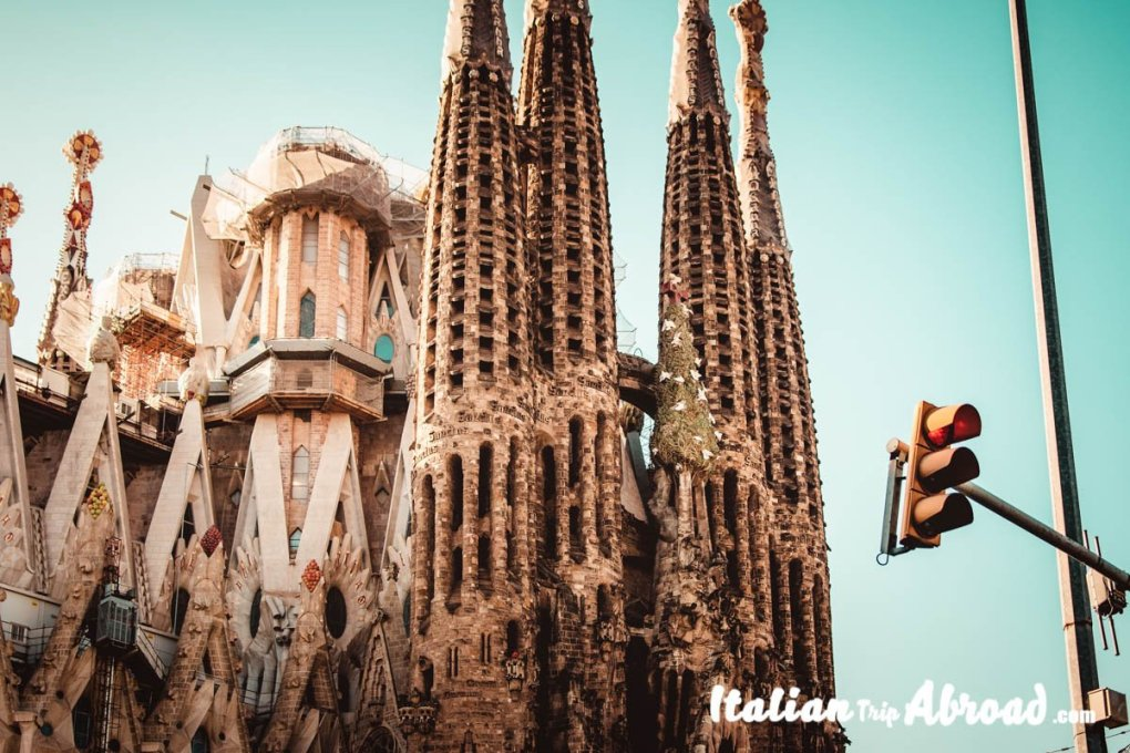 Gaudi Masterpieces of Barcelona - Best places to Take pictures in Barcelona - Sagrada Familia
