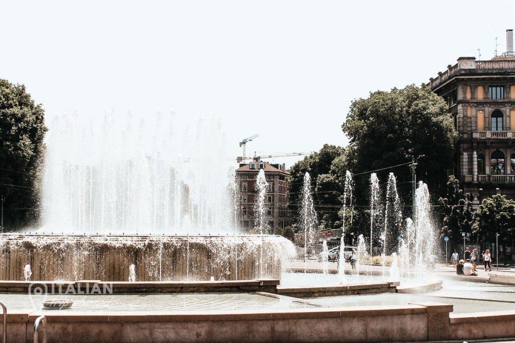 Milan Italy 1 day - Funtain of Castello Sforzesco