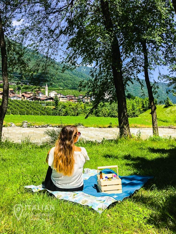 Trentino Instagrammable - Pic nic on the riverside