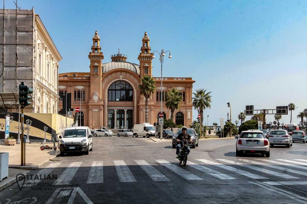 Teatro Petruzzelli - Bari City Centre