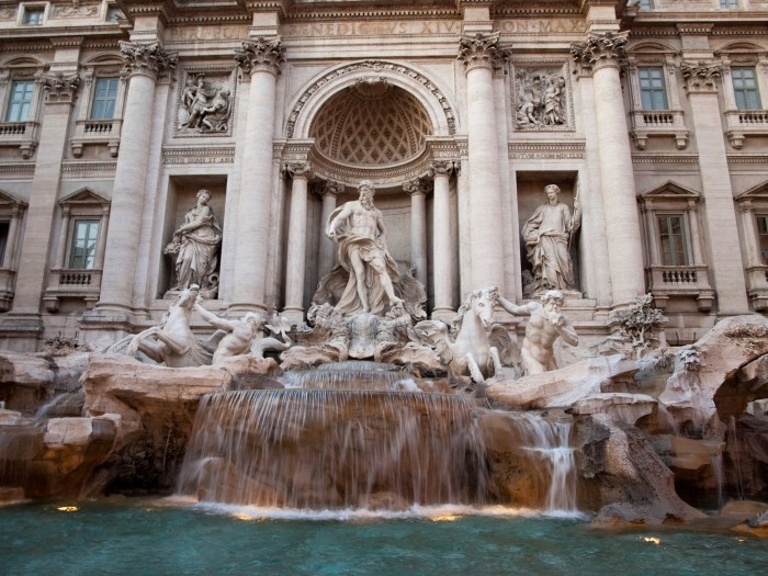 478982229-Trevi Fountain