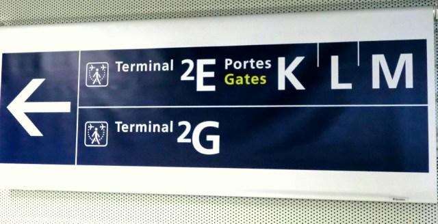 空港の乗り換え掲示板