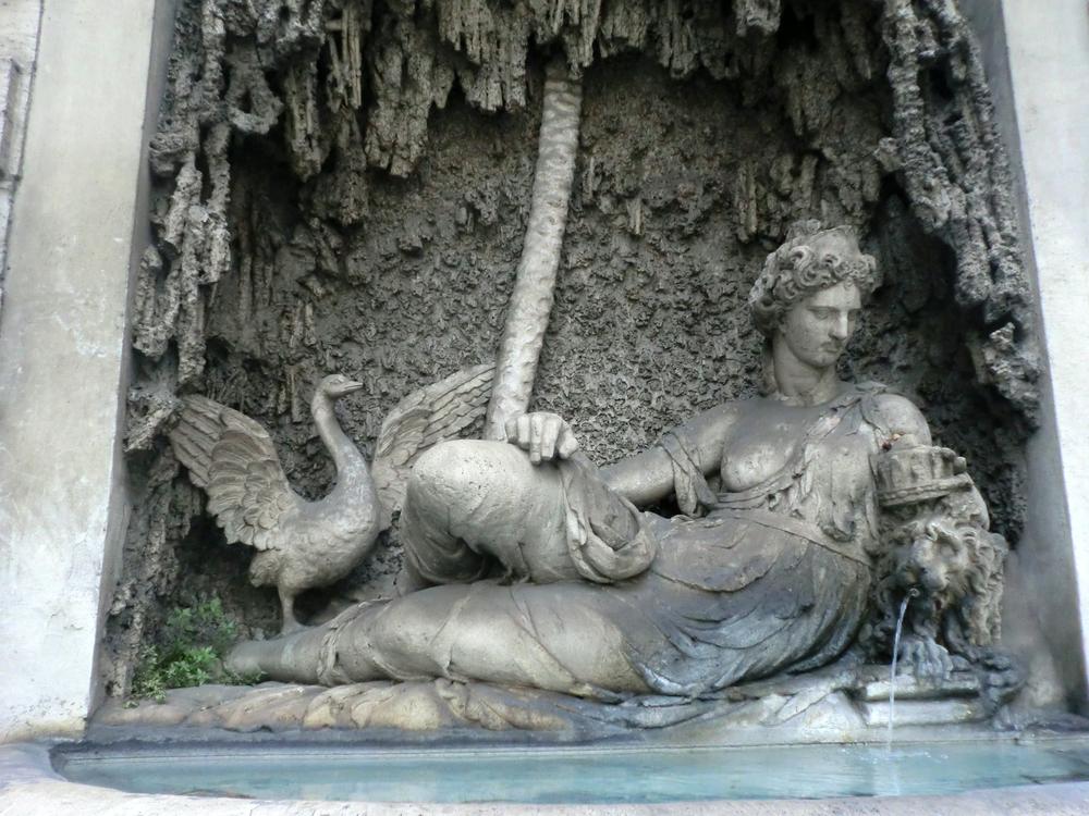 四つの噴水