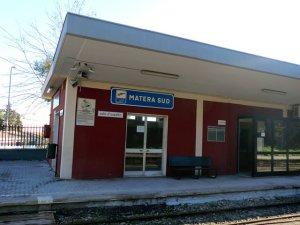 Matera Sud駅