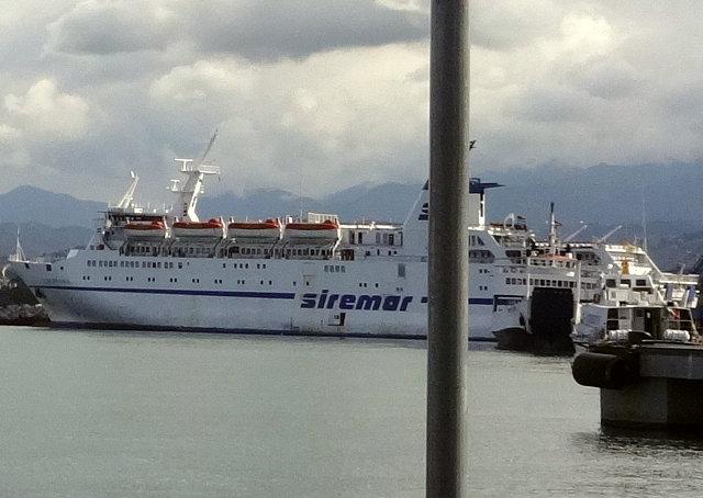ミラッツォ港