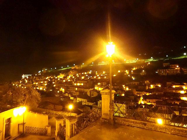 モディカの夜景