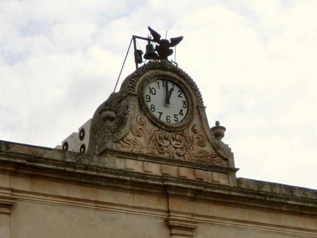 イタリアの時計