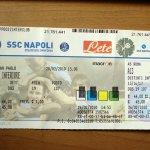 ナポリのサッカーチケット