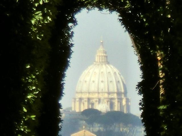 ローマ マルタ騎士団の鍵穴