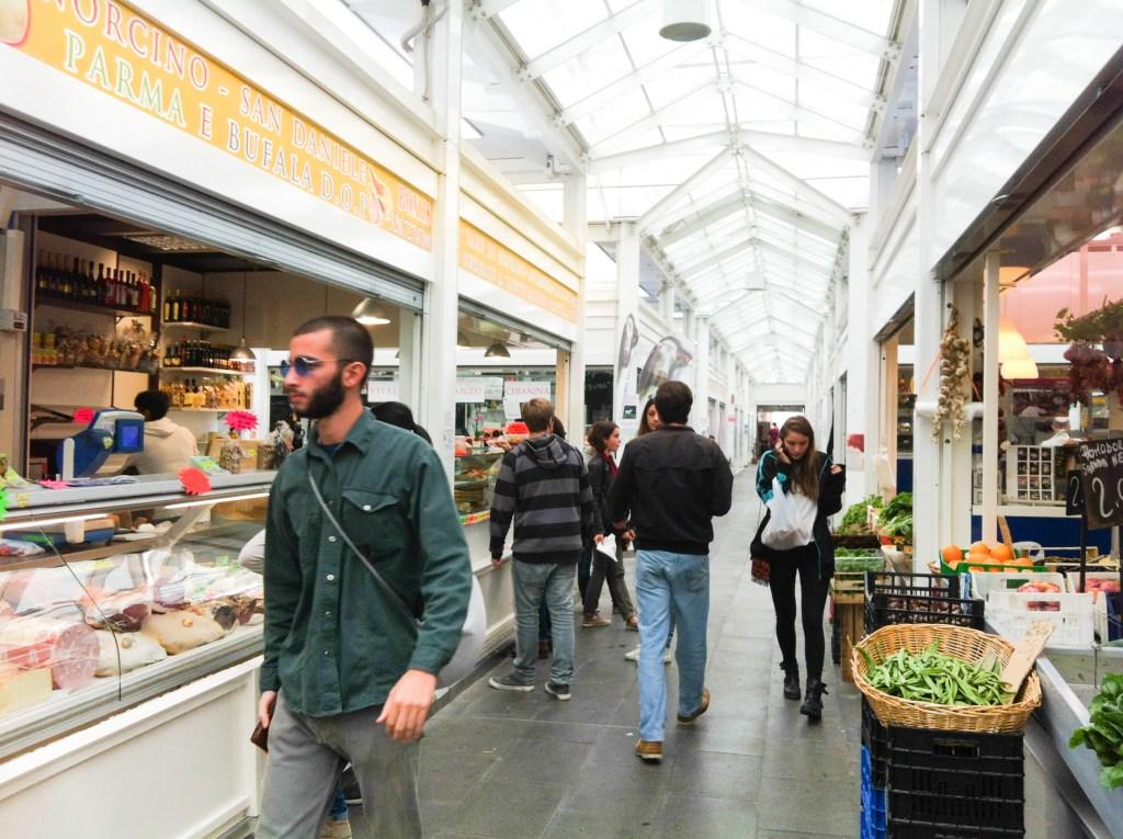 テスタッチョ市場