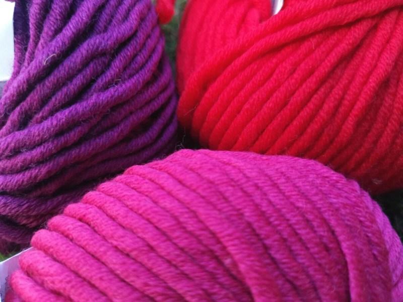 raudona-violetine-stora-vilna