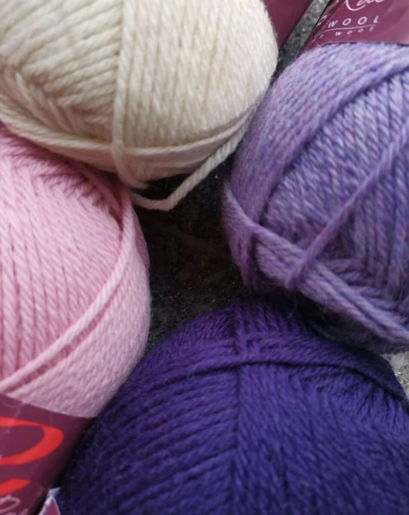 ella-rae-purpurine-smelyne-naturali-vilna