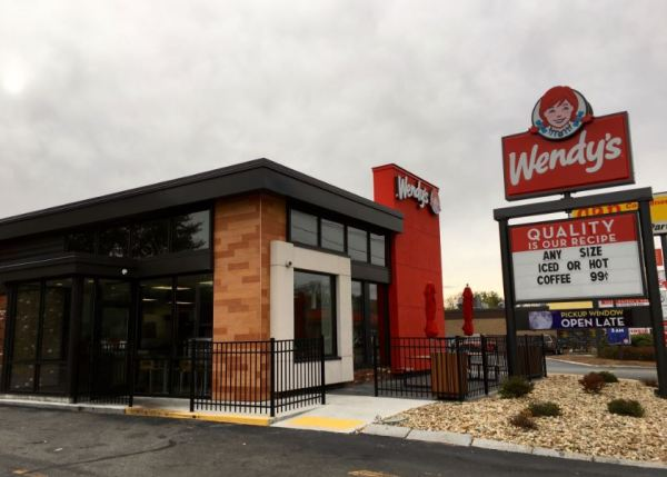 What Time Does Wendy's Open & Close? [ Wendys Hours ]