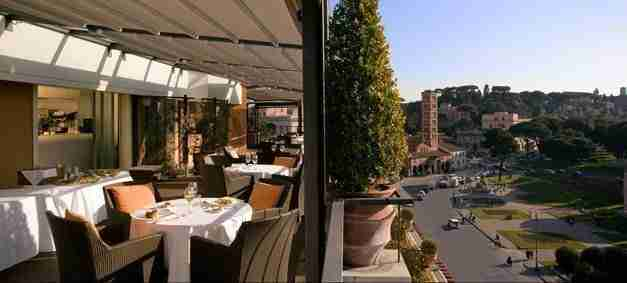 Dining in Rome: Rooftop Restaurants and Special Occasions