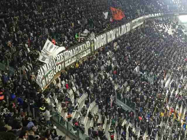 Juventus Stadium crowd - Seeing a soccer game in Italy