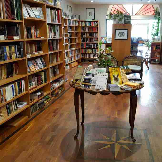 Become a Bookseller in Florence