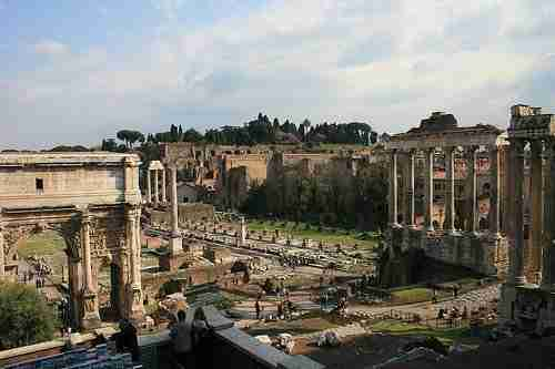 Dining Near the Forum