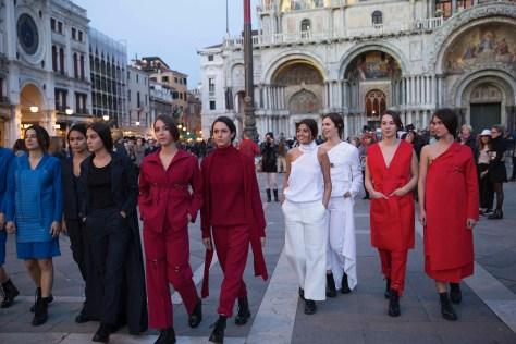 Caffè Lavena- Federica Zumerle e Francesca Napoletano- Defénse Personnel- foto Eleonora Milner
