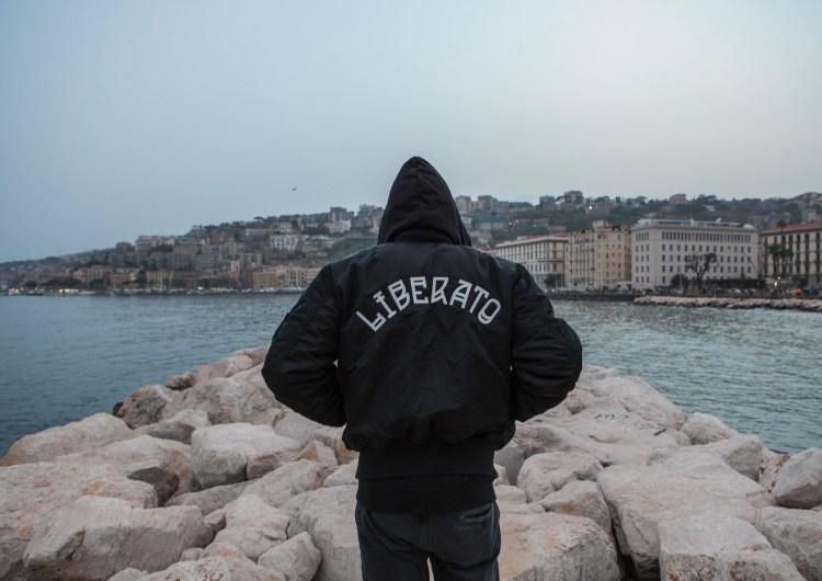 Il fenomeno Liberato: tra musica e anonimato