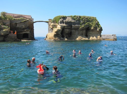 Snorkeling Routes in Gaiola Underwater Park – Naples, Italy