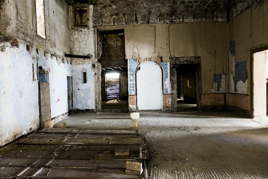 inside palazzo-palermo