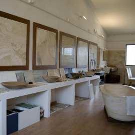 sala mostra lavabi vasche arredo bagno rivestimenti pavimenti firenze