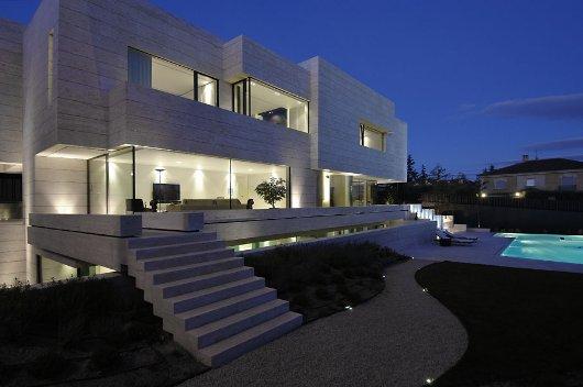 Villa in travertino