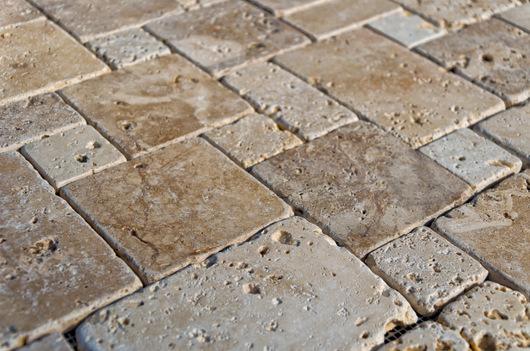 Mosaico su rete in Pietra di Rapolano