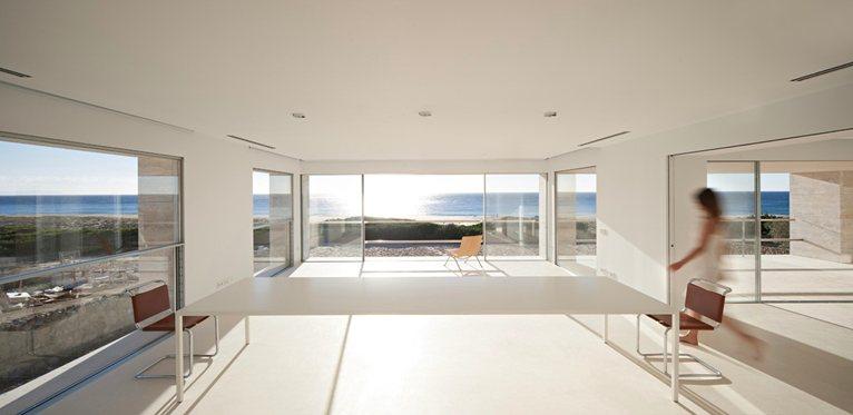 pietre di rapolano casa infinita baez architect cadice project