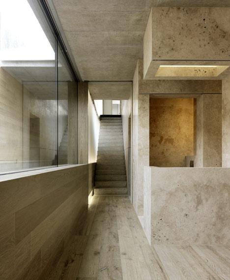 Two-Verandas-by-Gus-Wustemann_travertine_floors_