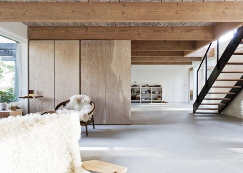 Vancouver-House-by-Scott-and-Scott-interni-legno-marmo