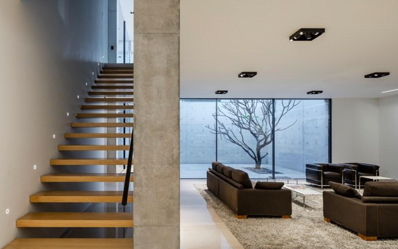 interni rivestimenti in pietra e calcestruzzo ambiente minimale