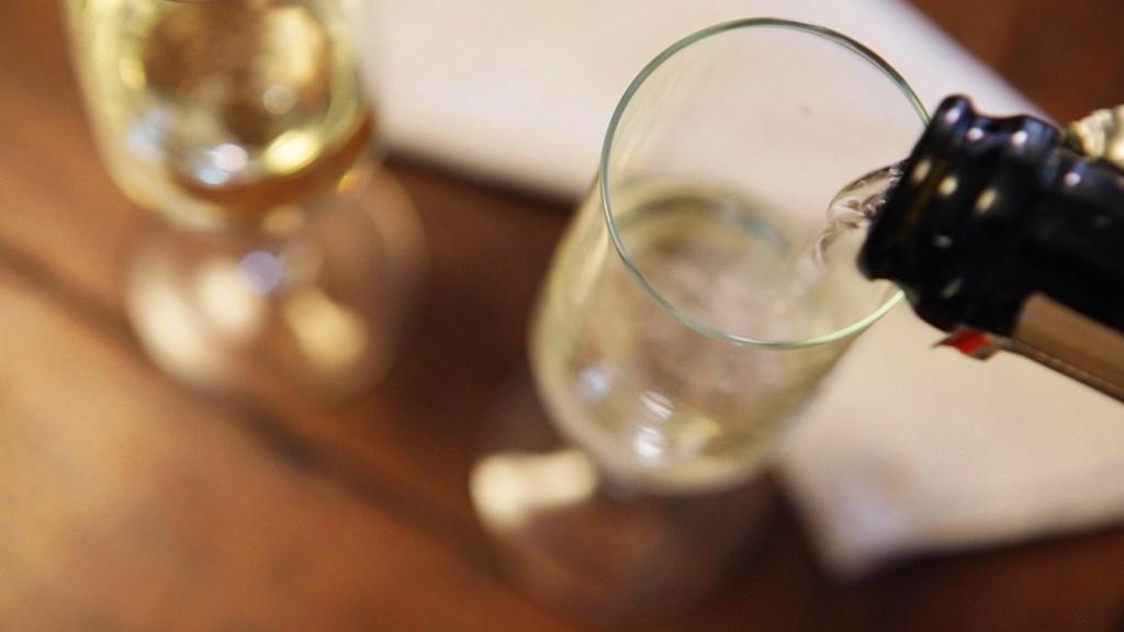 Prosecco vs. Champagne