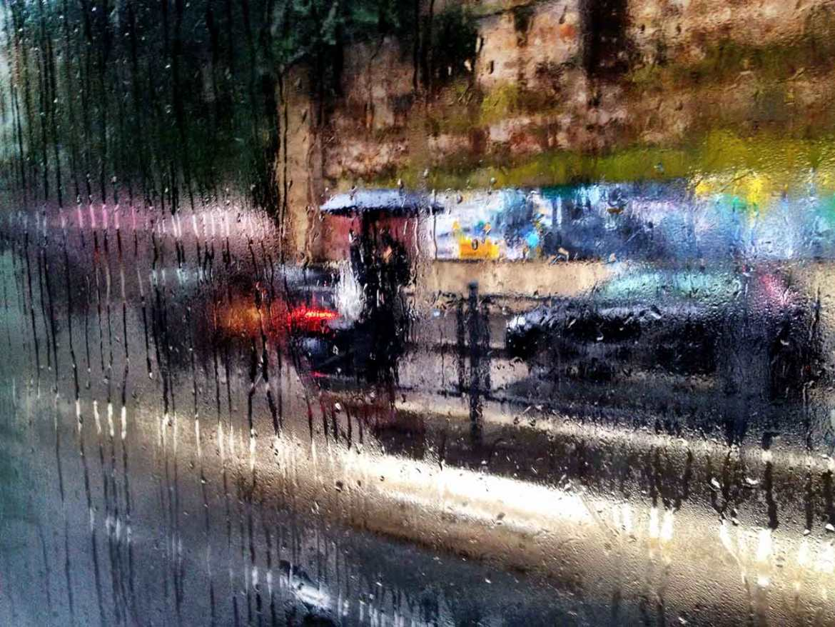 A rainy early morning on the 3B in Testaccio, Rome.