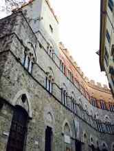 Palazzo Chigi, Siena