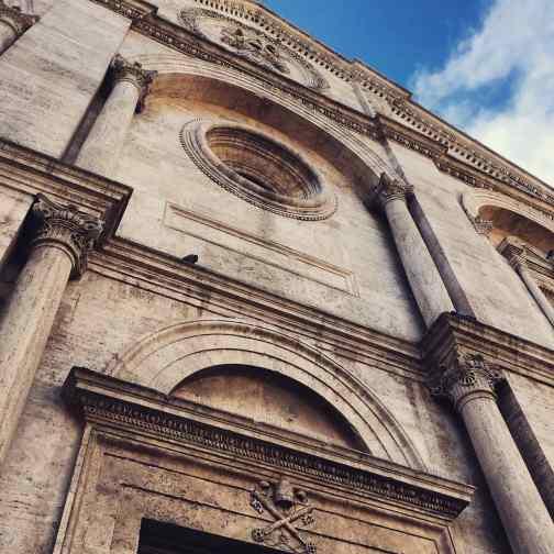 Duomo di Pienza, portale